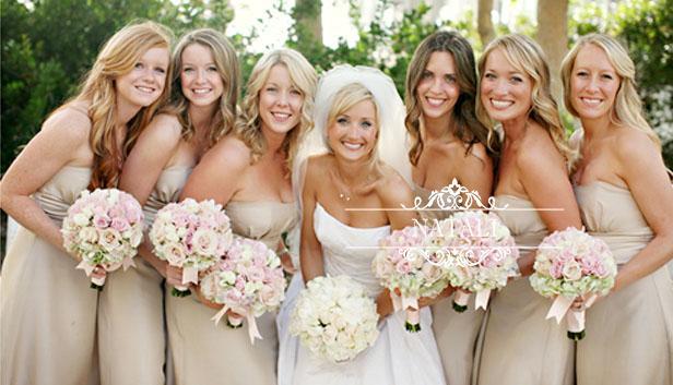 Свадебные букеты для невесты и подружек