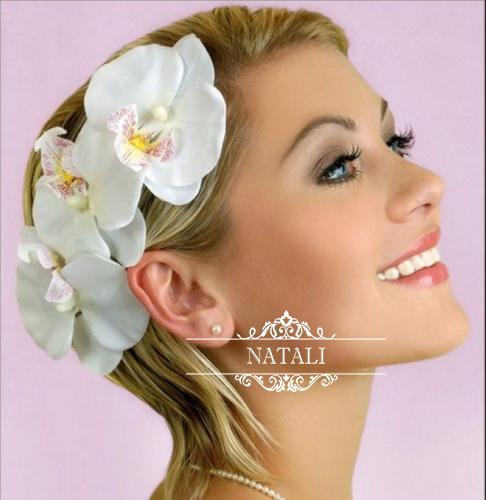 живые цветы с свадебную прическу