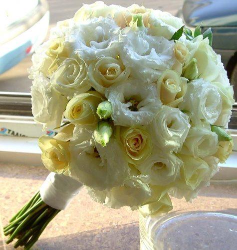свадебный букет из эустомы