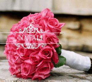 свадебный букет из насыщенно розовых роз