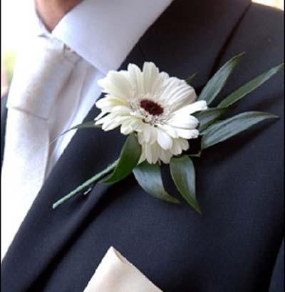 Бутоньерки весільні