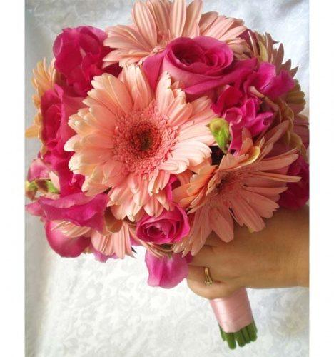 свадебный букет из гербер и роз
