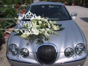 украшение капота машины живыми цветами