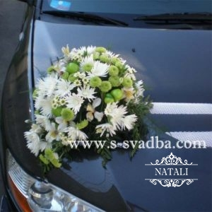 свадебное украшение машины
