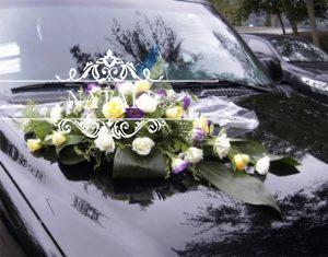 Свадебное украшение на капот лимузина