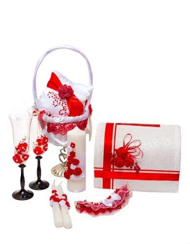 Свадебный комплект аксессуаров в красном цвете