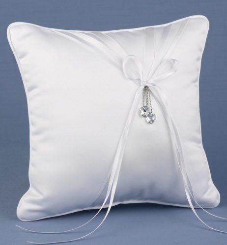 Белоснежная подушечка для свадебных колец