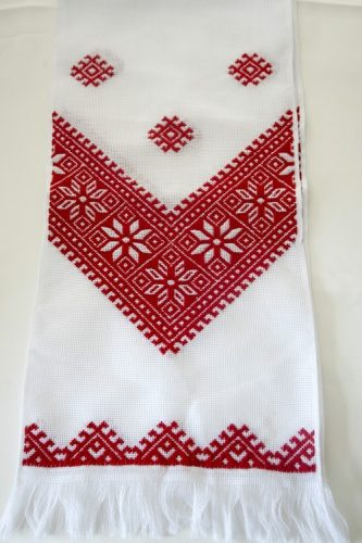 вышитый свадебный рушник