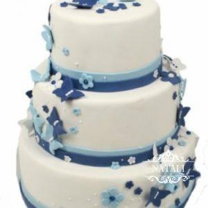 Свадебный торт с голубыми бабочками