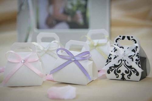 Бонбоньерки сумочки на свадьбу