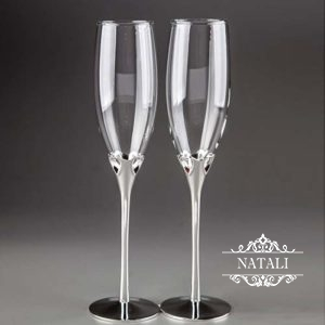 Свадебные бокалы с сердечками