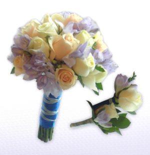 весільний букет з фрезій бузкового кольору