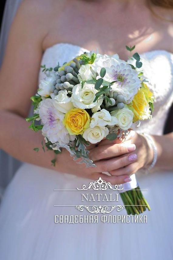 свадебный летний букет невесты