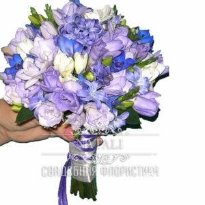 Свадебный букет фиолетовый