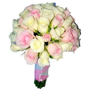 Свадебный букет с розовой и белой розы