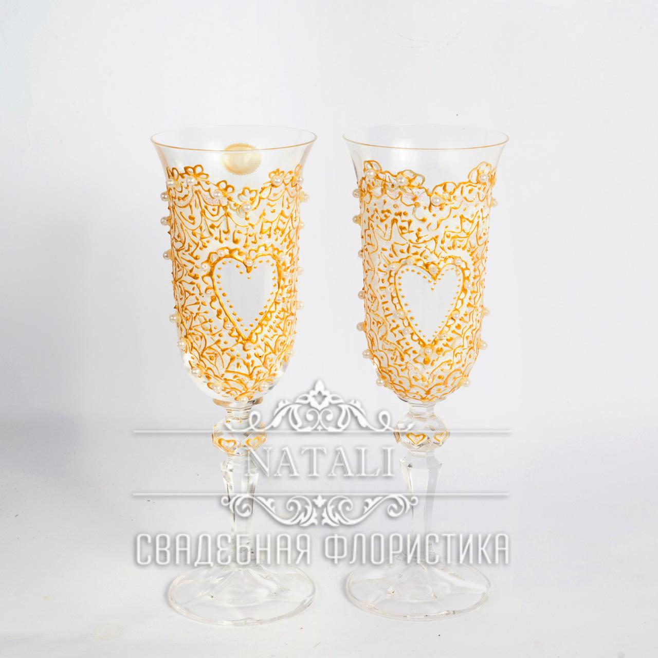 Свадебные бокалы ручная роспись в форме сердца